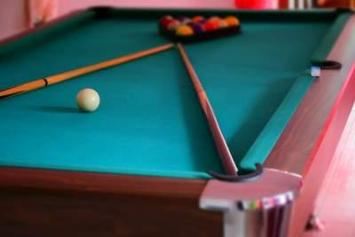 Pool table - Billiards on Aster Vender
