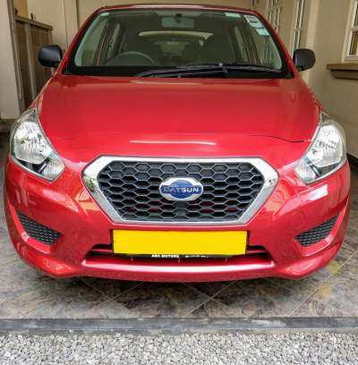 Datsun go - Compact cars on Aster Vender