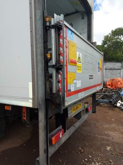 Box refrigerator - Refrigerated trucks on Aster Vender