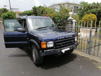 Land Rover Discovery TD5 - Off Roader Cars on Aster Vender