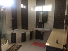 Fully furnished house for rent - House on Aster Vender