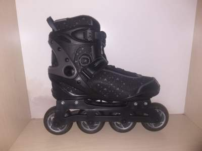 4 WHEELS ROLLER SHOES  - Others on Aster Vender