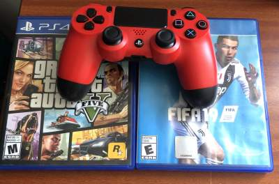 Manette PS4 et 2 jouer - Other Indoor Sports & Games on Aster Vender