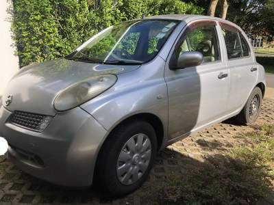 Nissan March AK12 2006 - Compact cars on Aster Vender