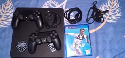 ps4 encore neuf 15k a debattre - PlayStation 4 (PS4) on Aster Vender