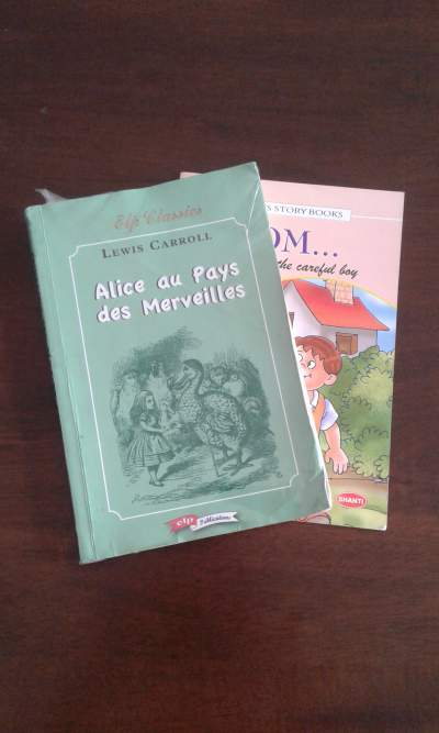 Alice au pays des merveilles  - Primary school on Aster Vender