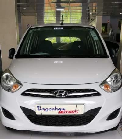 HYUNDAI I 10  - Family Cars on Aster Vender