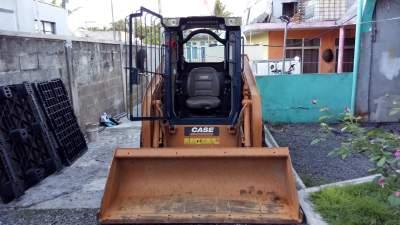 Skid Steer Loader - Case SR 130 - Excavator & Loader on Aster Vender