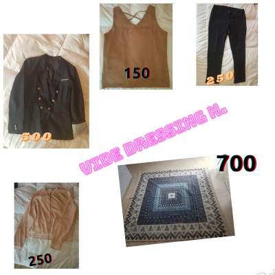 Vetements femme - Dresses (Women) on Aster Vender