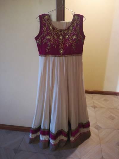 Chunidar - Dresses (Women) on Aster Vender