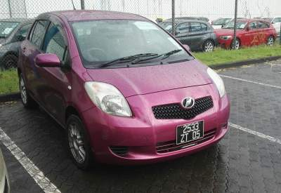 Toyota Vitz 05.Automatic.New Shock Absorbers  - Compact cars on Aster Vender