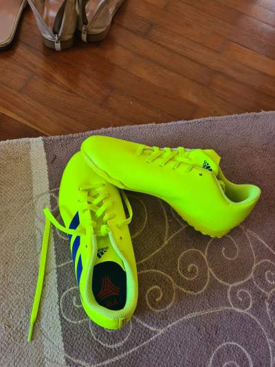 Shoes - Sports outfits on Aster Vender