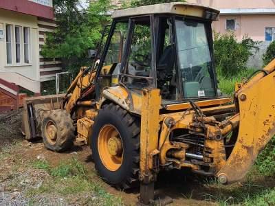 JCB 3CX - Excavator & Loader on Aster Vender