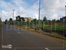 * For sale residental of 25 Perches in Cluny * - Land on Aster Vender