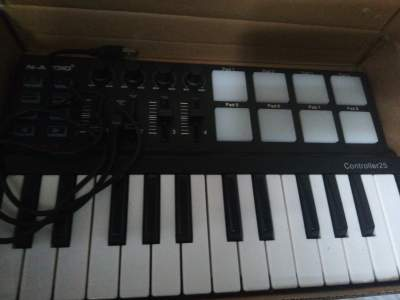 N-Audio controller 25 - Other Musical Equipment on Aster Vender