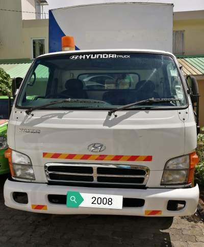 Camion Hyundai HD 65 NV 08 138000Kms @ Rs 385,000 Neg Tel 57484702 - Small trucks (Camionette) on Aster Vender