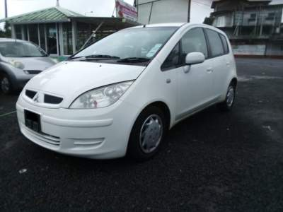 Mitsubishi Colt YEar 03 - Compact cars on Aster Vender