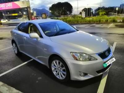 Exclusive! LEXUS IS220D YR 2008 125,000KMS @ Rs 340,000. Tel 57484702 - Luxury Cars on Aster Vender