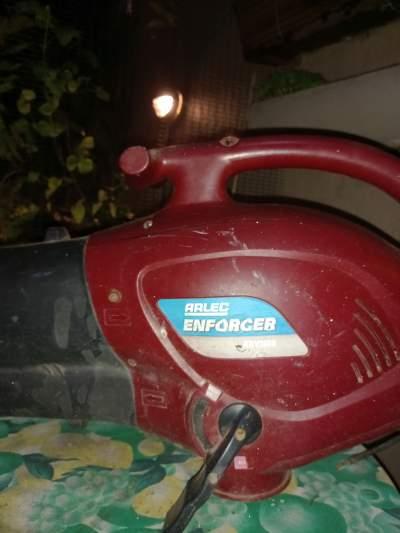 yard blower/aspirator - Garden Furniture on Aster Vender