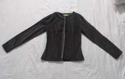 Green velvet jacket - Jackets & coats (Women) on Aster Vender
