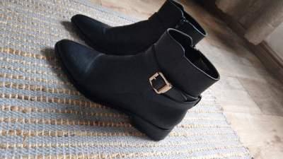 Black boots - Women's shoes (ballet, etc) on Aster Vender