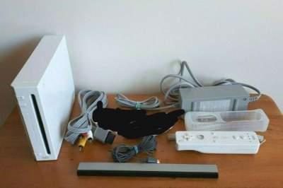 Nintendo Wii - Wii on Aster Vender