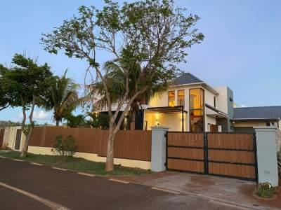 VILLA ON SALE IN POINTE AUX PIMENTS, MORC HARMONY - RS 22 M NEG - Villas on Aster Vender