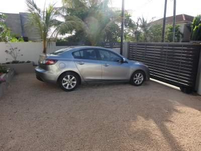 Mazda 3 - Family Cars on Aster Vender