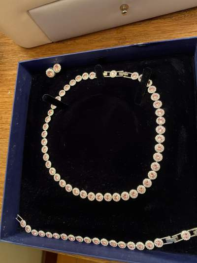 Necklace, with matching bracelet and earrings  - Others on Aster Vender