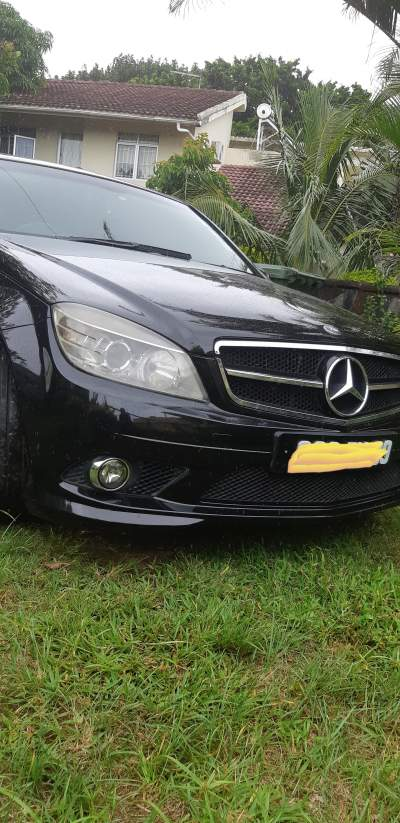 Beautiful and Reliable Car - Luxury Cars on Aster Vender