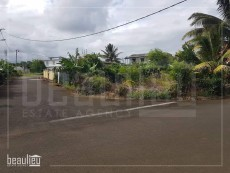 Residential land of 10 perches in Gris Gris