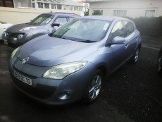 Renault megane hatchback automatic year 2010