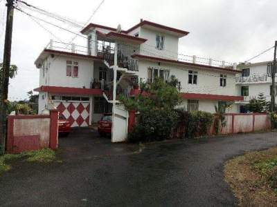 Rent a house - House on Aster Vender