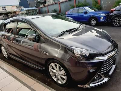 Toyota Aqua G Hybrid - Sport Cars on Aster Vender