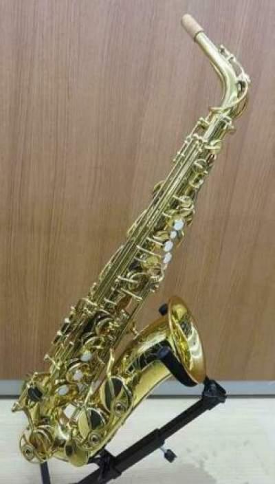 Yamaha YAS-62II Professional Eb Alto Saxophone - Saxophone on Aster Vender