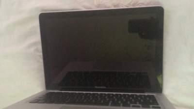 MacBook  - Mac on Aster Vender