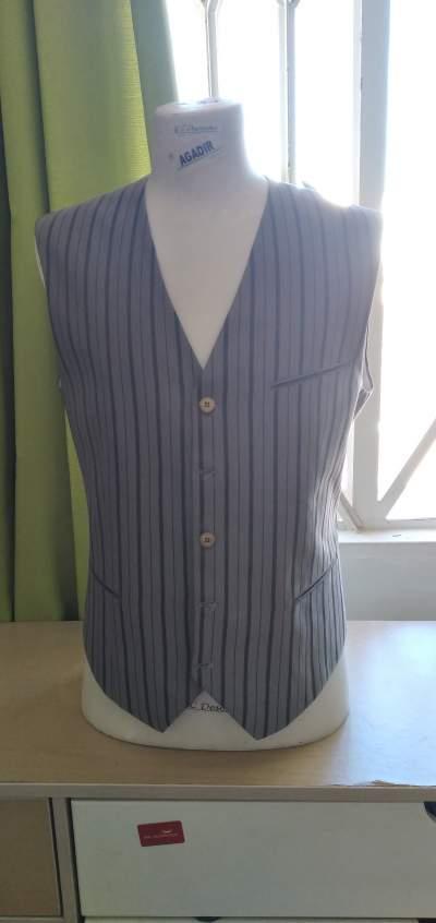 Seven models of men's vests - Suits (Men) on Aster Vender