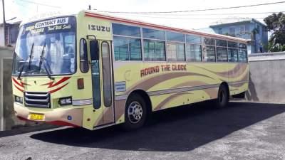 Isuzu - Standard bus on Aster Vender