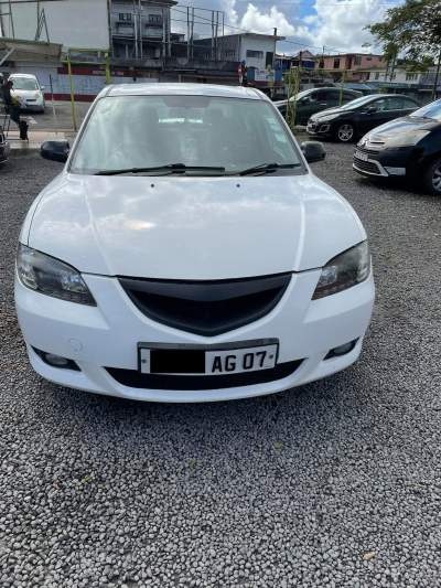 Mazda 3 year 07 - Family Cars on Aster Vender
