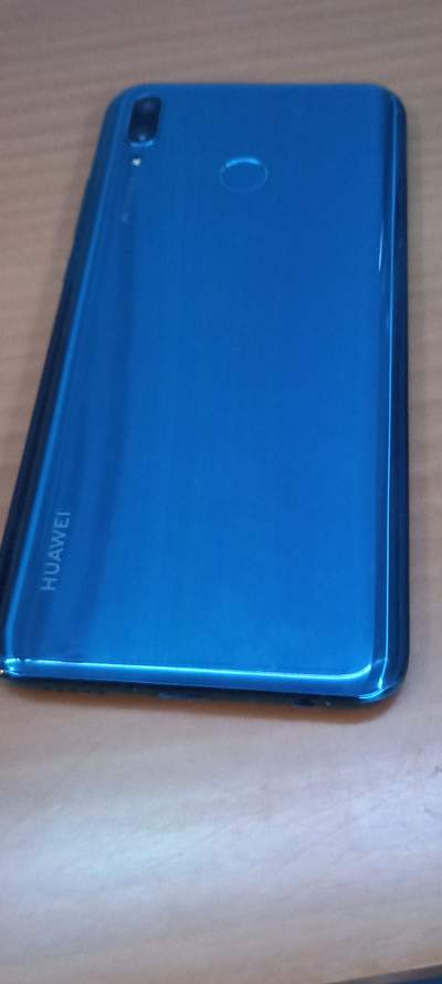 HUWAEI Y9 - Huawei Phones on Aster Vender
