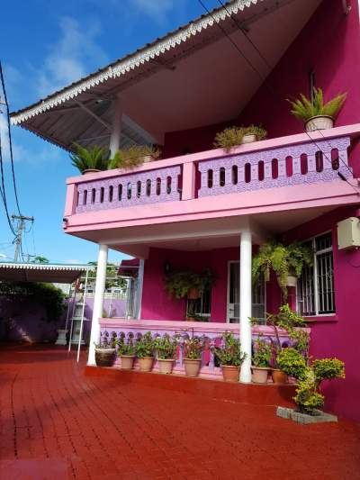 House for sale in the posh area of Vieux Quatre-Bornes  - House on Aster Vender