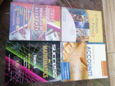 Book second hand  - Secondary school on Aster Vender