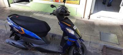 Suzuki lets 110 cc - Scooters (above 50cc) on Aster Vender