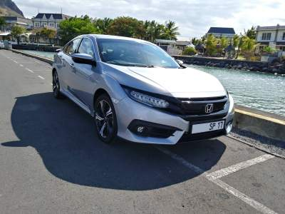 Honda Civic 1.5 VTEC Turbo Sport  2017  - Sport Cars on Aster Vender