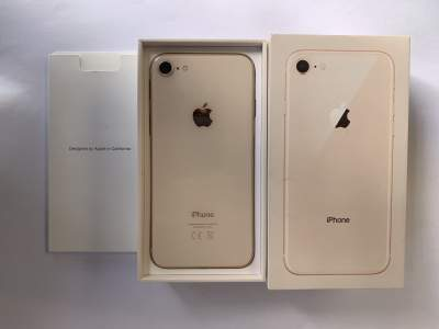 iPhone 8 64 gb  - iPhones on Aster Vender