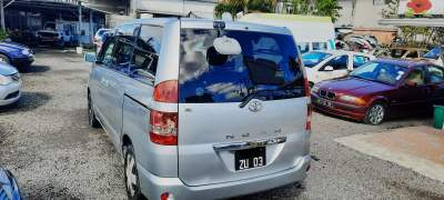 Toyota noah year 03 - Family Cars on Aster Vender