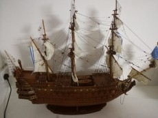 Maquette de bateau Le Soleil Royal (1669) - Replicas on Aster Vender