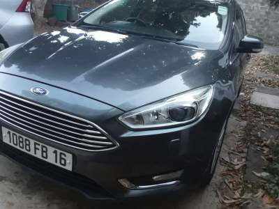 Ford Focus Titanium - Compact cars on Aster Vender