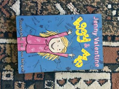 Iggy and me  - Fictional books on Aster Vender