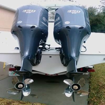 Slightly Used Yamaha 350HP 4-Stroke Outboard Motor Engine - Boat engines on Aster Vender